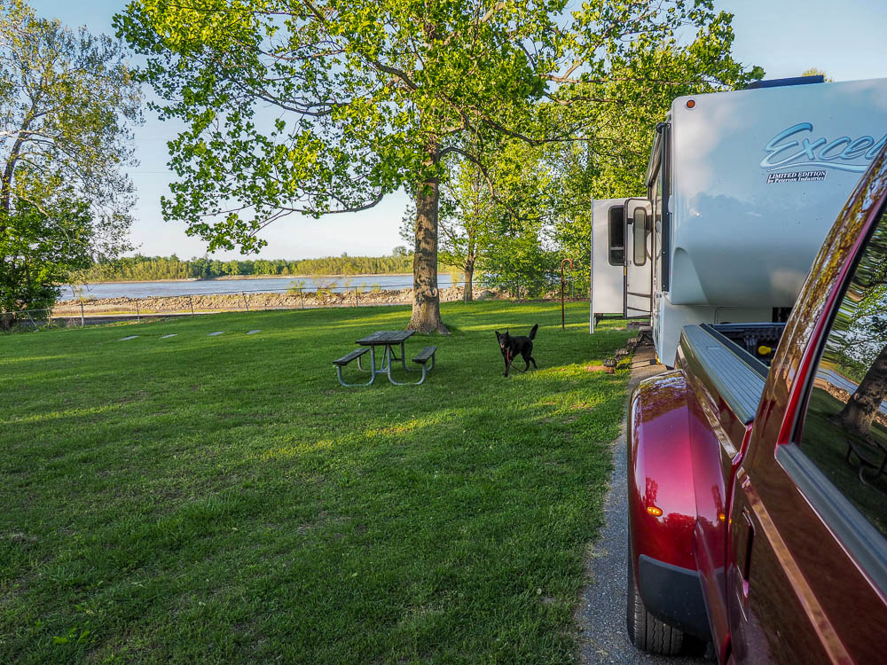 Campsite overlooking the Mississippi at trail of Tears State Park
