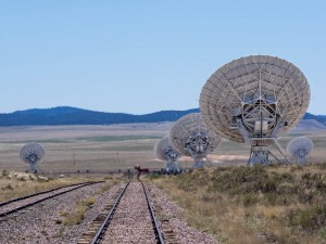 Part of the Very Large Array and the tracks that allow them to be repositioned