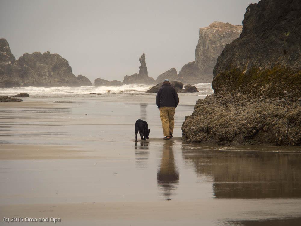 Walking along the beach at Bandon