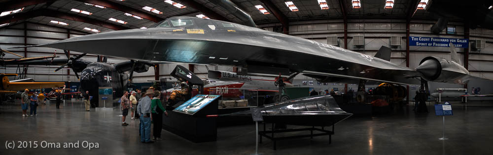 SR-71 Blackbird strategic reconnaissance aircraft